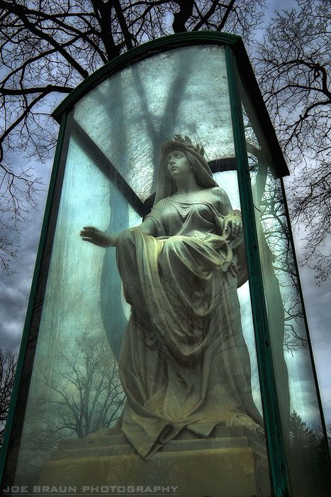 woodlawn-cemetery